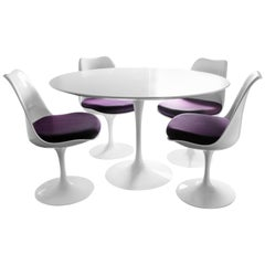 Mid-Century Modern Knoll Style White Tulip Dining Set Table 4 Chairs 1960s Italy