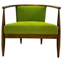 Mid-Century Modern Kodawood Barrel Chair