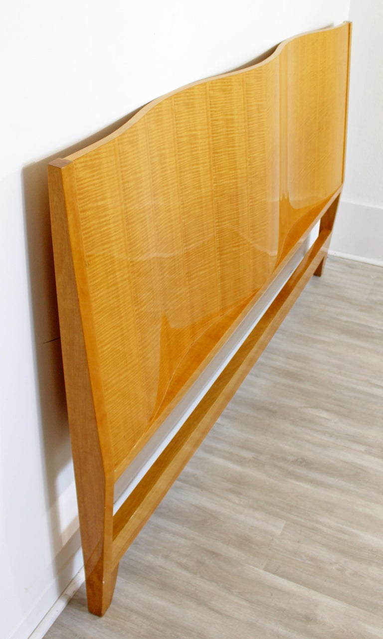 Mid-Century Modern Lacquered Maple Wavy Curved King Size Headboard, 1970s For Sale 4