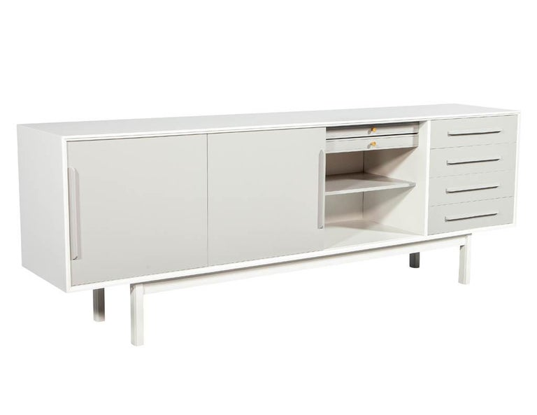 Mid-20th Century Mid-Century Modern Lacquered Sideboard Media Cabinet For Sale