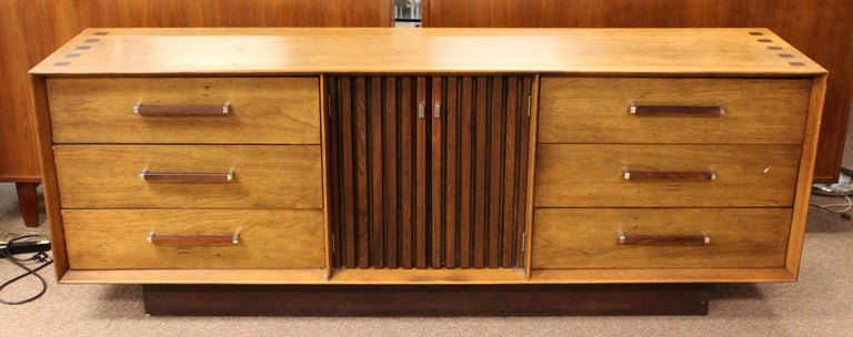 Mid-Century Modern Mid Century Modern Lane 5 Pc Rosewood Bedroom Set Dresser Headboard Cabinet 70s For Sale