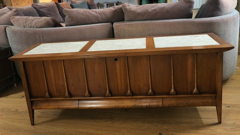 Mid-Century Modern Lane Cedar Chest 2