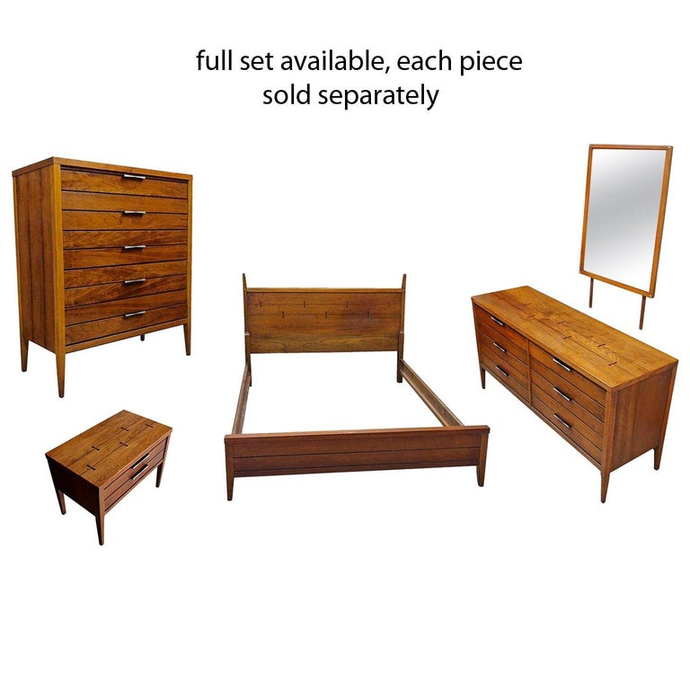 Mid-Century Modern Lane Tuxedo Rosewood Bow Tie Nightstand End Table For Sale 1