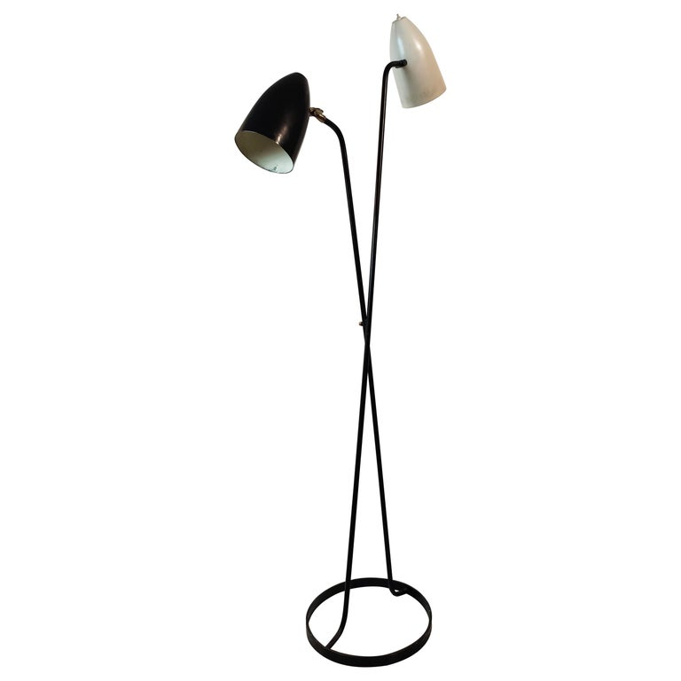Mid-Century Modern Large Black and White Floorlamp by Stilnovo, Milano, 1950s For Sale
