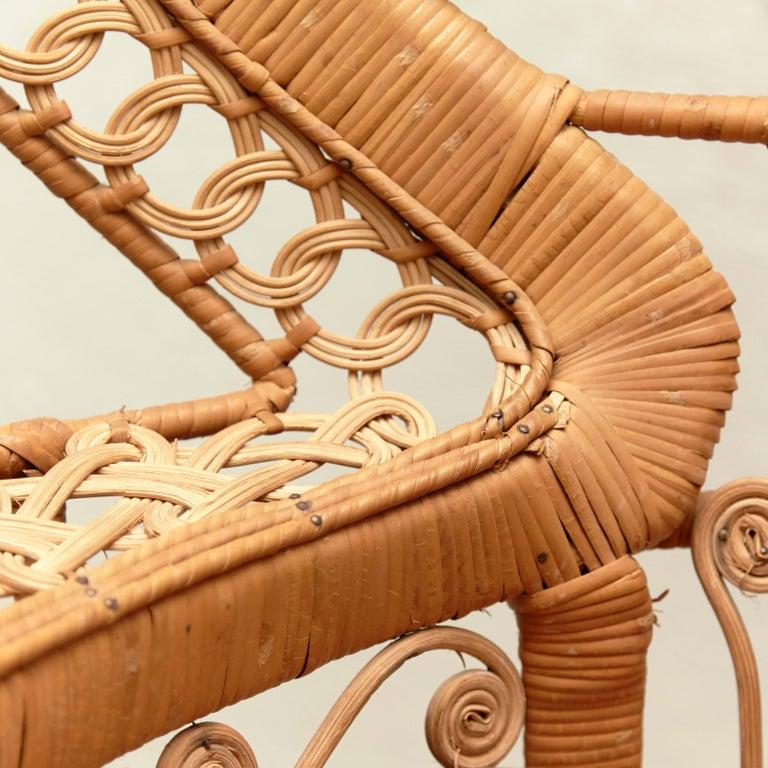 Mid-Century Modern Large Emmanuelle Wicker Rattan Midcentury Peacock Armchair For Sale 4