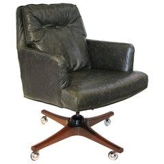 Mid-Century Modern Leather Executive Desk Chair by Edward Wormley for Dunbar
