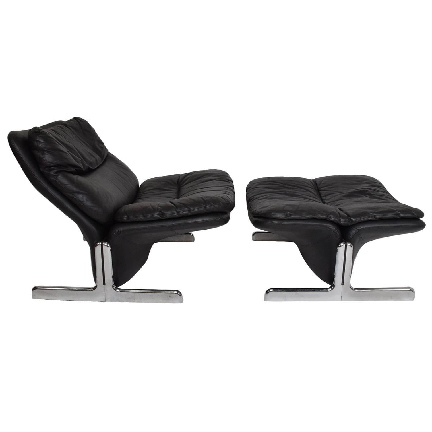 1970s Sleek Leather Lounge Chair & Ottoman Tittina Ammannati & Vitelli - ITALY