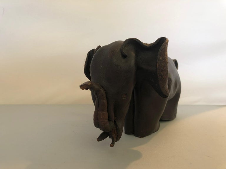 Mid-Century Modern Leather Origami Elephant Sculpture For Sale 5