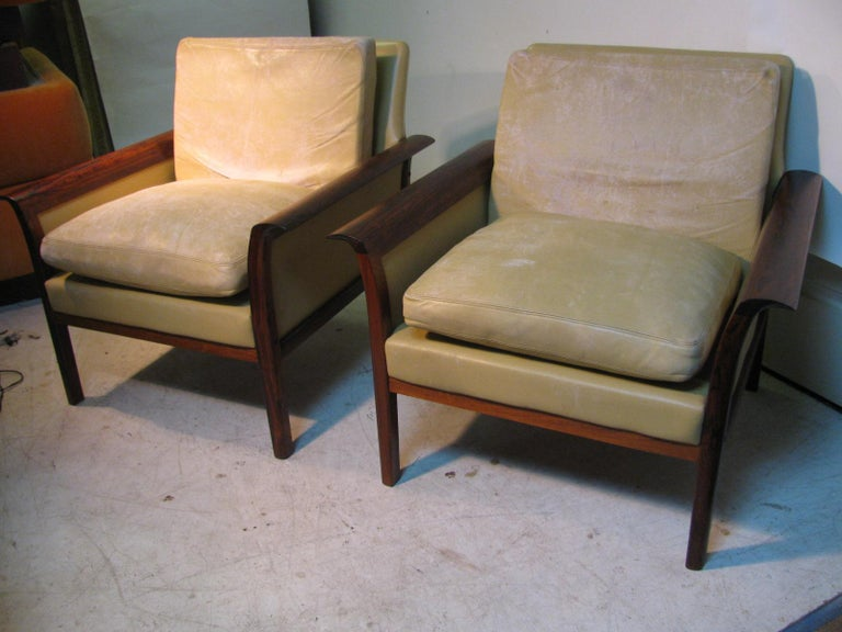 Norwegian Mid-Century Modern Leather and Rosewood Lounge Chairs Knut Saeter Vatne Mobler For Sale