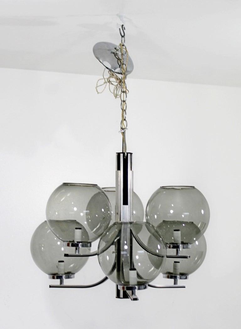 American Mid-Century Modern Lightolier 6 Smoked Glass Globe Chrome Chandelier Fixture For Sale