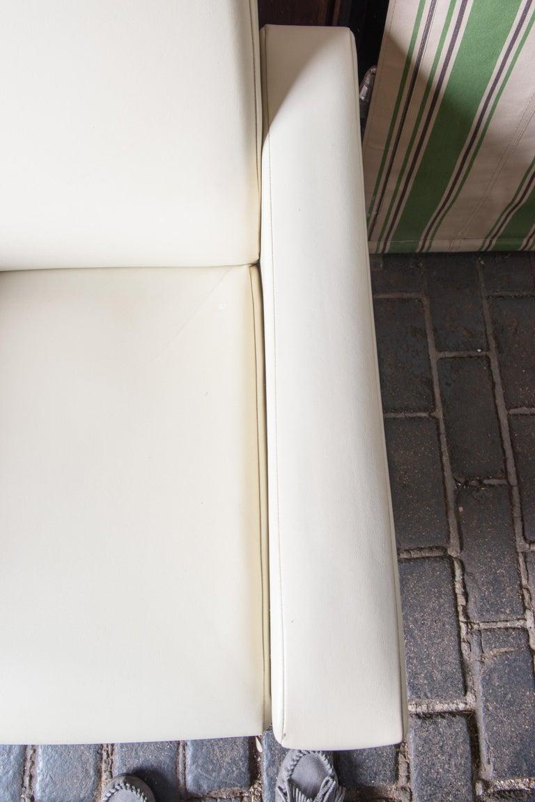 American Mid-Century Modern Lounge Armchair, White Vinyl For Sale