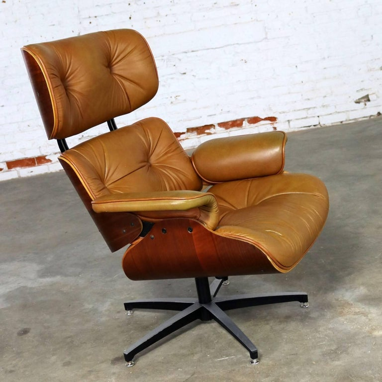 Mid-Century Modern Lounge Chair Attributed To Selig