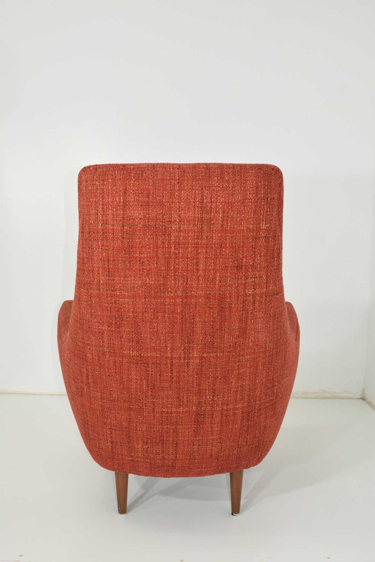 Mid-Century Modern Lounge Chair In Good Condition For Sale In Dallas, TX