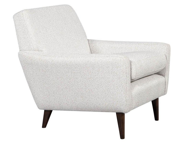 Mid-Century Modern Lounge Chair In Excellent Condition For Sale In North York, ON