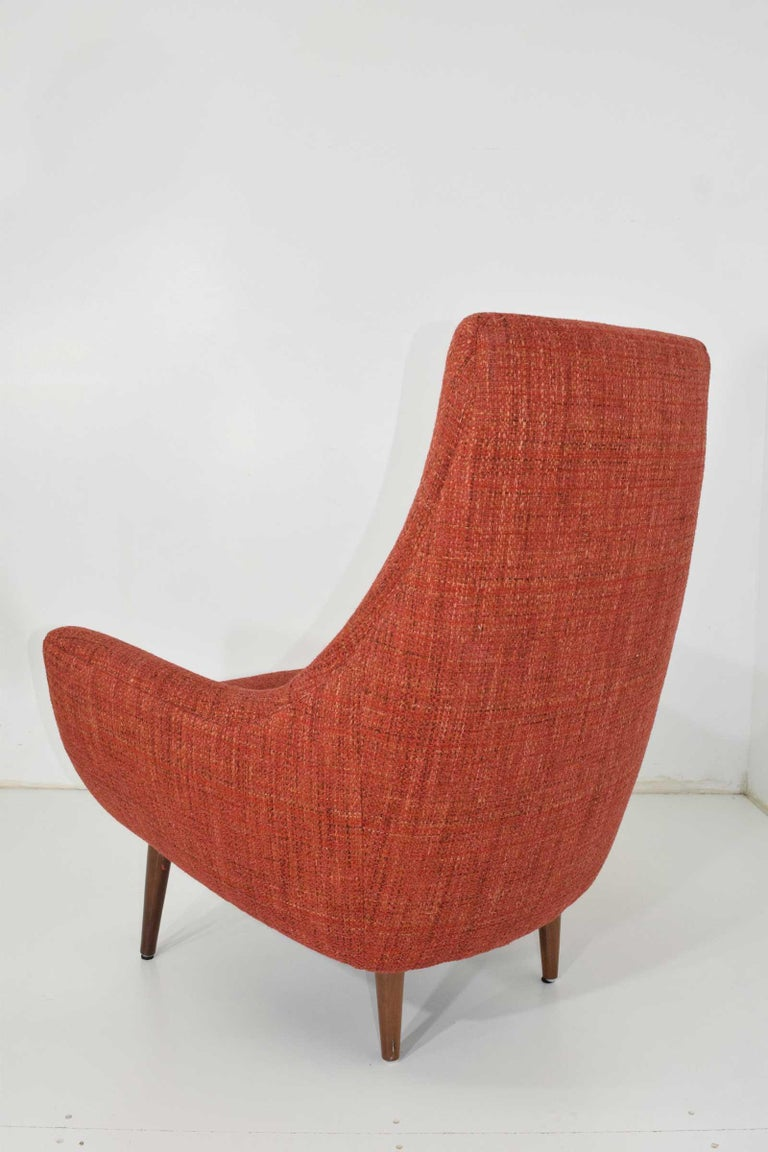 20th Century Mid-Century Modern Lounge Chair For Sale
