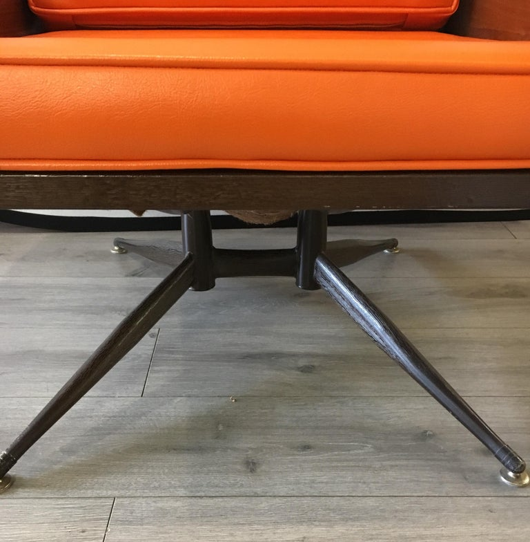 Mid-Century Modern Lounge Chair  For Sale 3