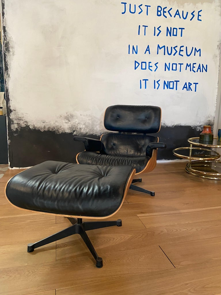 European Mid-Century Modern Lounge Chair with Ottoman in the Style of Charles Eames 1970s For Sale