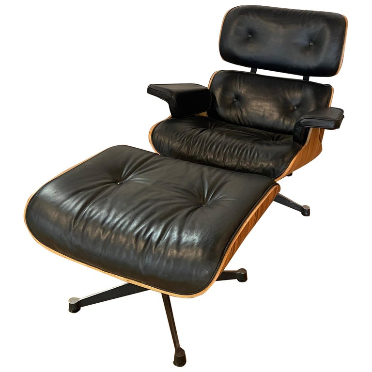 Mid-Century Modern Lounge Chair with Ottoman in the Style of Charles Eames 1970s For Sale