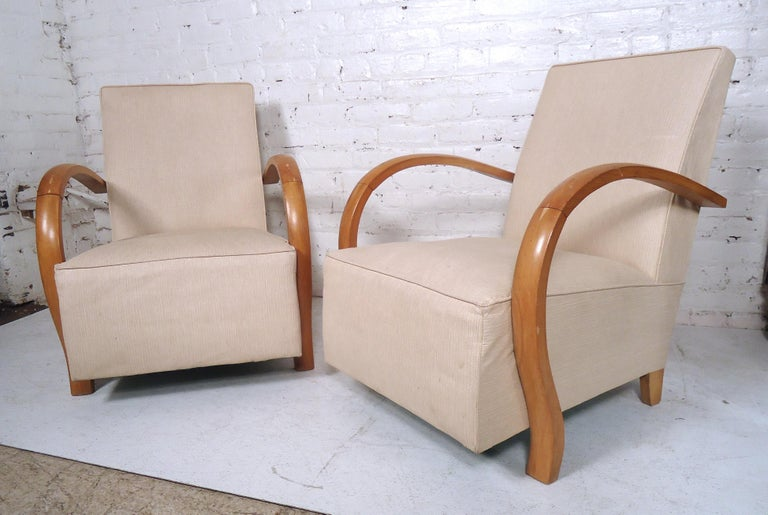 Mid-Century Modern Lounge Chairs In Good Condition For Sale In Brooklyn, NY
