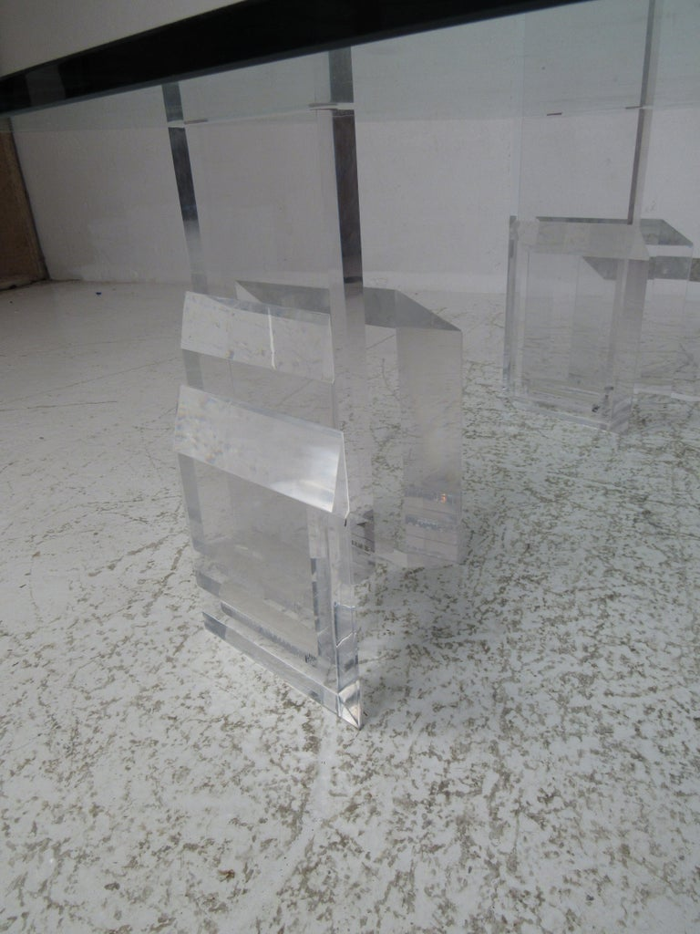 Mid-Century Modern Lucite and Glass Coffee Table For Sale 4