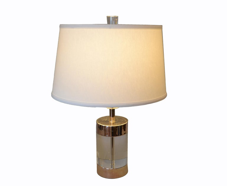 Mid-Century Modern Lucite and Nickel Table Lamp For Sale 5