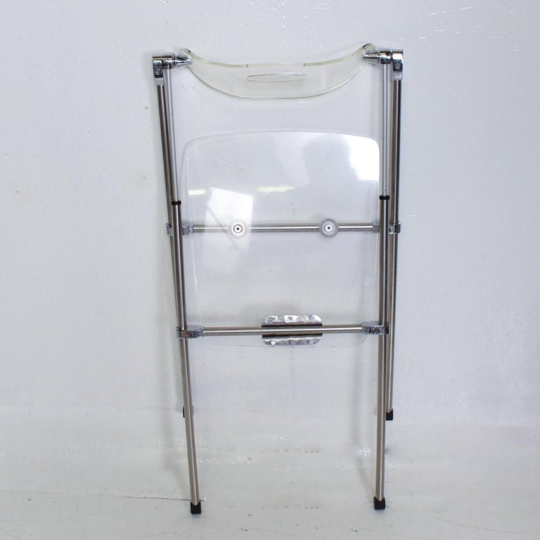 Mid-Century Modern Lucite Chair, after Giancarlo Piretti, Castelli For Sale 2