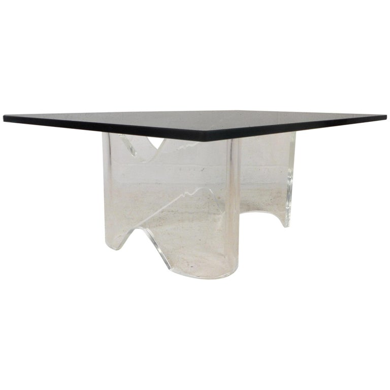 Lucite Coffee Table.Mid Century Modern Lucite Coffee Table With A Glass Top