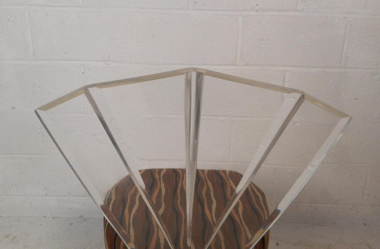 Mid-Century Modern Lucite Dining Set For Sale 7