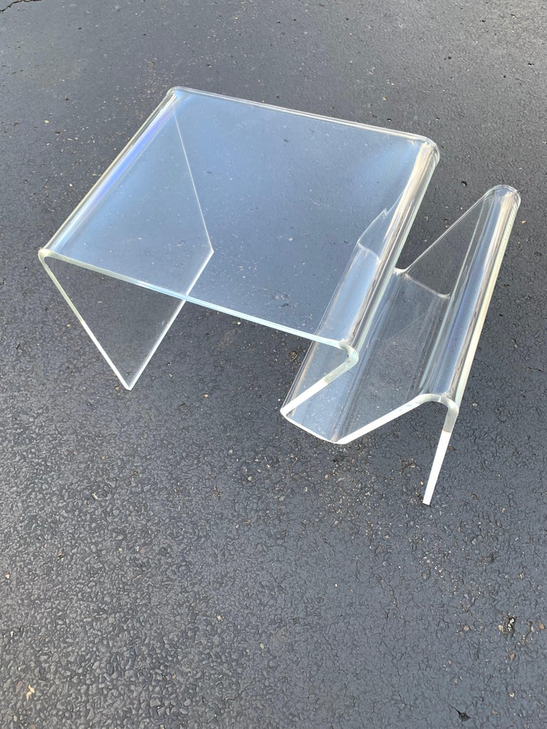 Hand-Crafted Mid-Century Modern Lucite Magazine Rack Table For Sale