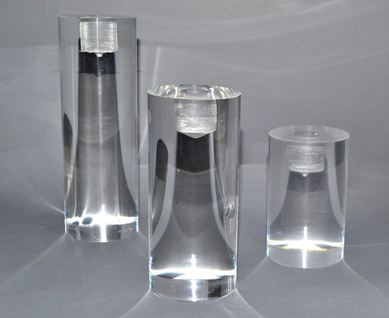Mid-Century Modern Lucite Round Candleholders, Set of 3 For Sale 5