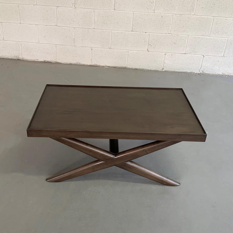 Mid-Century Modern Mahogany X-Base Coffee Table In Good Condition For Sale In Brooklyn, NY