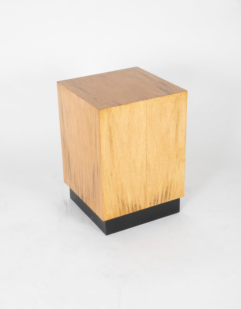 Mid Century Modern Maple Veneered Cube Form End Tables For Sale 3