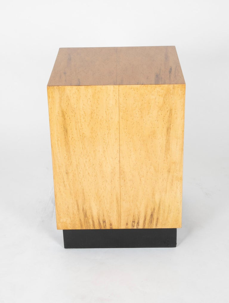 Mid Century Modern Maple Veneered Cube Form End Tables For Sale 4