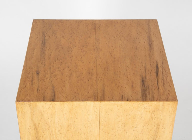 Mid Century Modern Maple Veneered Cube Form End Tables For Sale 5