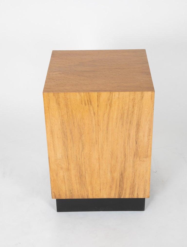 Birdseye Maple Mid Century Modern Maple Veneered Cube Form End Tables For Sale