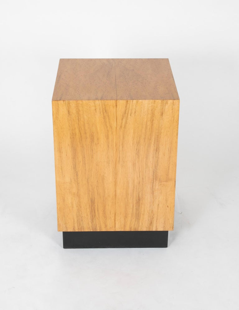 Mid Century Modern Maple Veneered Cube Form End Tables For Sale 1