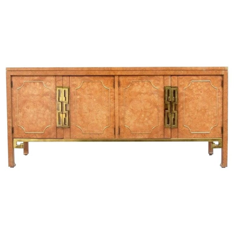 Mid-Century Modern Mastercraft Burl and Brass Credenza/Sideboard For Sale
