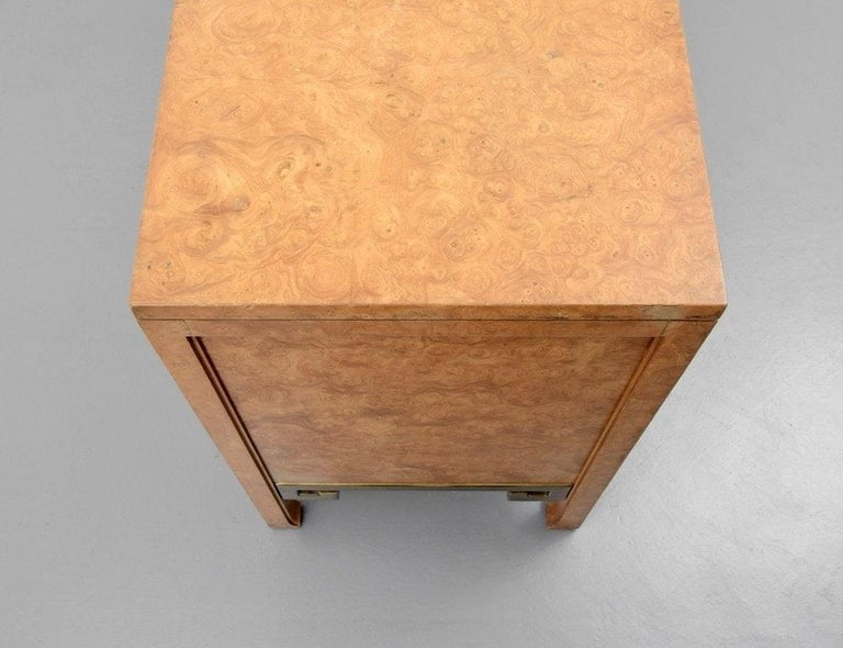 Mid-Century Modern Mastercraft Burl and Brass Credenza/Sideboard For Sale 1