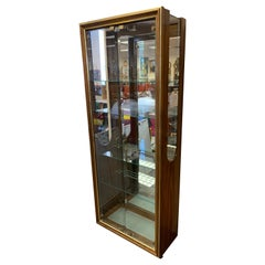 Mid-Century Modern Mastercraft Display Vitrine Cabinet