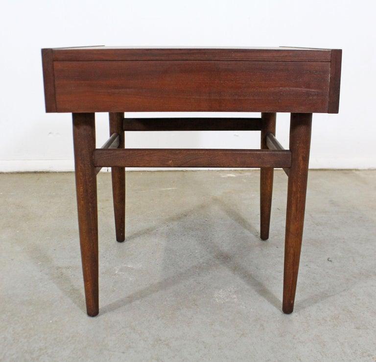 20th Century Mid-Century Modern Merton Gershun American of Martinsville Walnut End Table For Sale