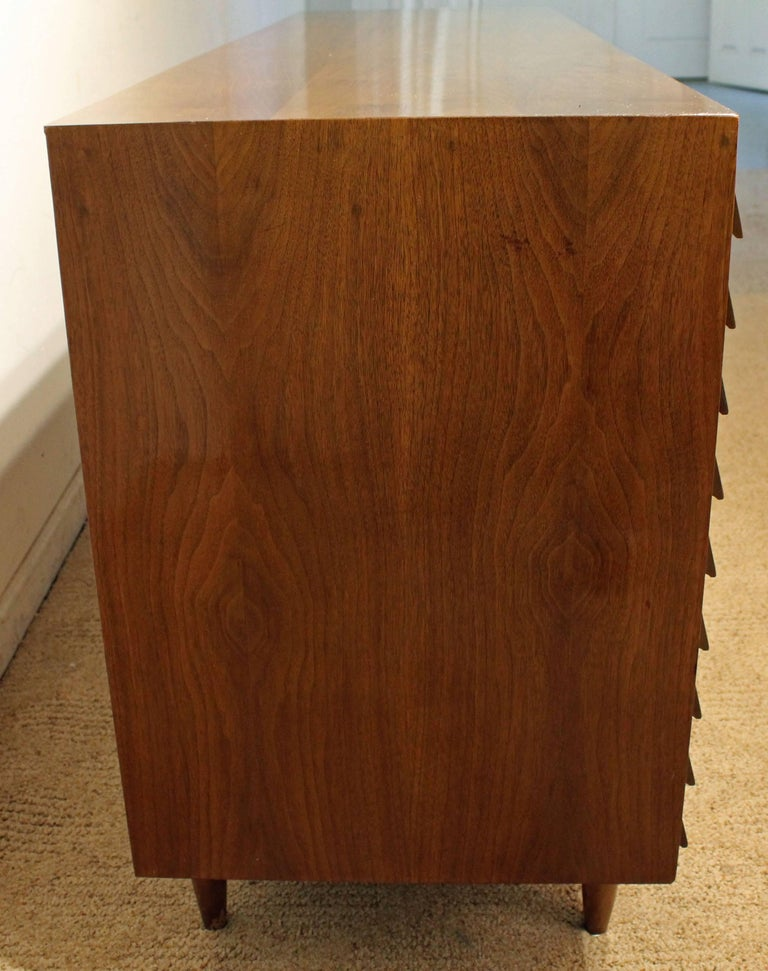 Mid-Century Modern Merton Gershun for American of Martinsville Walnut Credenza For Sale 2