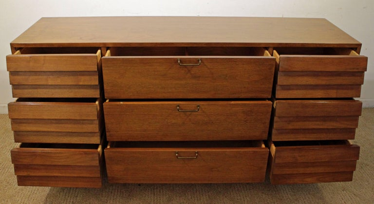 Mid-Century Modern Merton Gershun for American of Martinsville Walnut Credenza For Sale 3