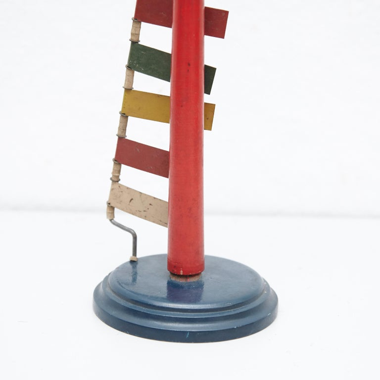 Mid-Century Modern Metal Red Blue Yellow Green White Sculpture In Good Condition For Sale In Barcelona, Barcelona