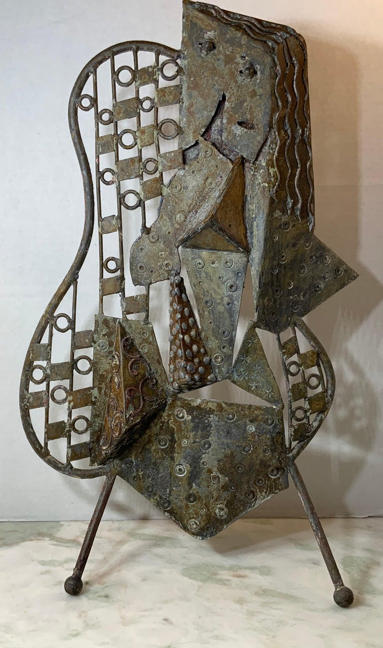Metal, sculpture, rustic, some residue of paint Mid-Century Modern, 3-dimensional, modern, abstract, abstract sculpture, cubism, cubist, cubism inspired with some imagination you could see man or women ?, artist unknown.