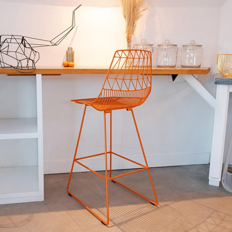 Plated Mid-Century Modern, Minimalist Wire Bar Stool, Lucy Bar Stool in Black For Sale