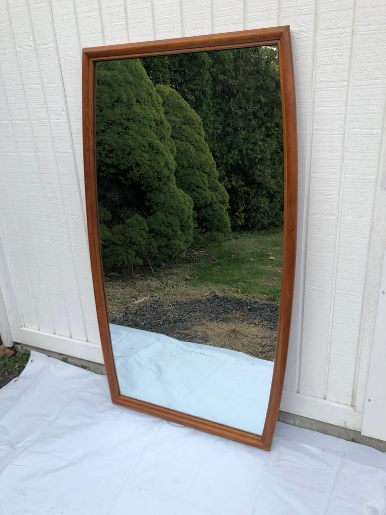 Large Mid-Century Modern Mirror In Good Condition For Sale In Redding, CT