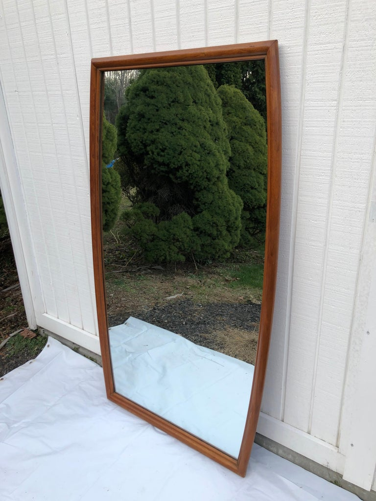 Large Mid-Century Modern Mirror For Sale 3