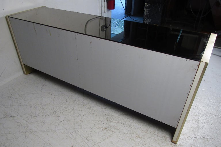 Mid-Century Modern Mirrored Credenza For Sale 9