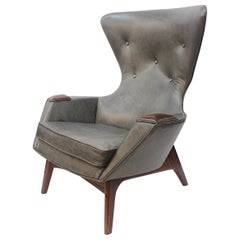 Mid-Century Modern Model 2231-C Leather Wingback Lounge Chair by Adrian Pearsall