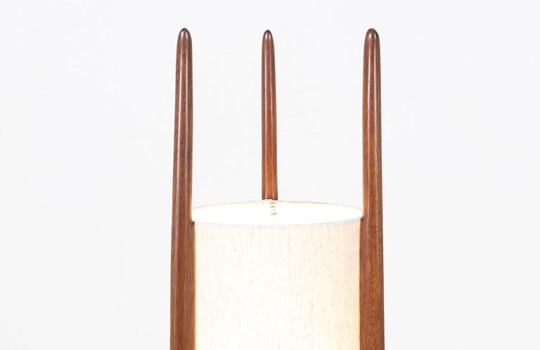 American Mid-Century Modern Modeline Tall Floor lamp For Sale
